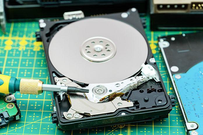 Dlaczego warto zamienić dysk HDD na SSD
